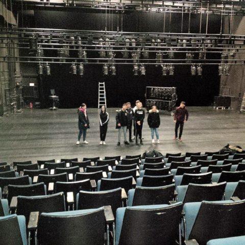 Die A 2 im HAU 2 – das erste Mal auf der großen Bühne